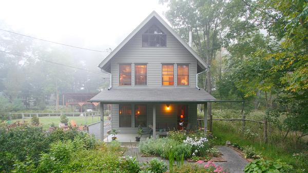 129 Sawkill Avenue Residence